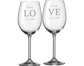 "2 Leonardo wine glasses with personalized engraving ""love"" bride/Groom with name and date engraved wedding gift"