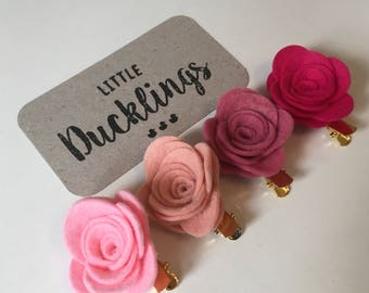 Rose hair clips in pink