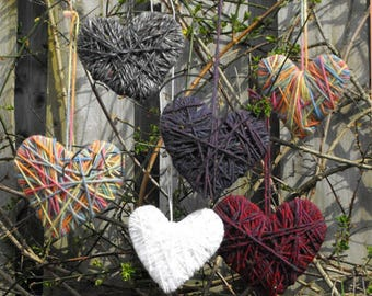 Wool-wrapped Hearts, group activity