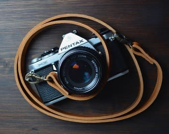 leather camerastrap cognac