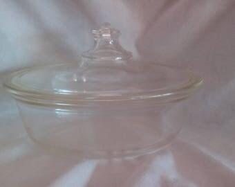 Vintage Pyrex 193-197 Casserole Dish