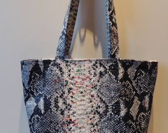 "Zippered leatherette ""snake"" tote bag"