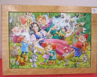 Snow White and Prince Charming Wood Framed Puzzle