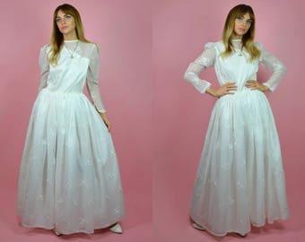 Vintage 1960s White Ball Gown WEDDING Dress