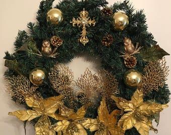 Glamorously Gold Wreath