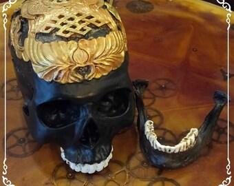 Handmade, unique handmade resin skull / / OOAK handmade skull