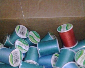Vintage Trusew 100% Spun Polyester Sewing Thread Assorted Colors 749 count LOT