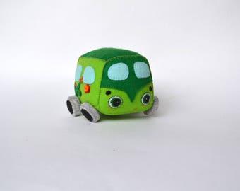 Soft little green car,plush toy,mini car plush,gift for a boy birthday, car kids gift, cute mini car for a friend, small nice baby gift