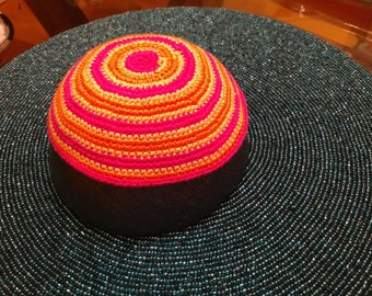 Kippah pink yellow orange steipes