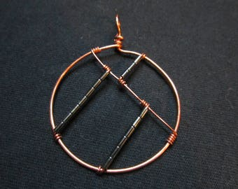 Angles in Black Pendant