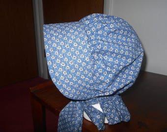 Trek Clothing, Pioneer Bonnet, Trek Bonnet, Prairie Bonnet, Pilgrim Bonnet, Blue and White, Floral, Flowers