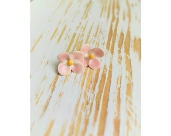 Ceramic Earstuds | Shamrock | Pink | 20 mm