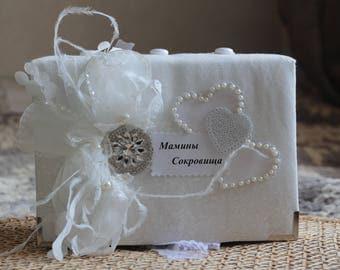 box for mom/mother's treasure