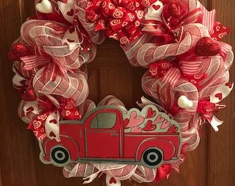 Valentine's Truck Full of Love Deco Mesh Wreath, Deco Mesh Wreath, Valentine's Day Wreath, Metal Truck Wreath, Heart Wreath