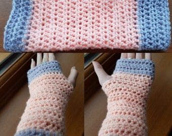 Fingerless gloves- Apricot and Parma violet