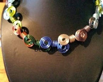 Multicolor Aluwire Necklace Twisted