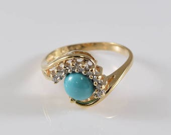 Vintage Turquoise and Diamond 14K Yellow Gold Ring Size 6 1/2