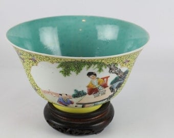 Antique Chinese Famille Verte Porcelain Bowl