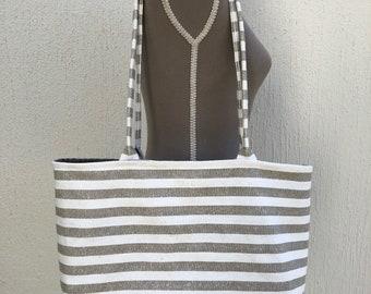 Inside magnetic snap closure linen beach bag