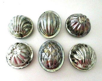 6 Tin Molds - Vintage Kitchenalia -  English Primitive Rustic Farmhouse Decor - Baking Soap Making Supply