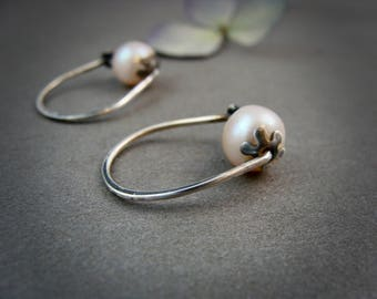 rose bud pearl hoops