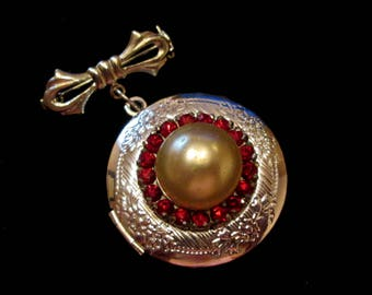 Rubies and Pearl Vintage Bridal Bouquet Locket