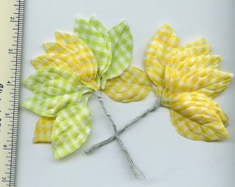 Lot of (20) Vintage Embossed Green Yellow GINGHAM Millinery Leaves 5180