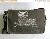 ON SALE Owl Messenger Bag, Hand Printed Cotton Canvas Messenger Bag,  Gift for Women, Computer Bag, Book Bag, School Bag,  Diaper Bag