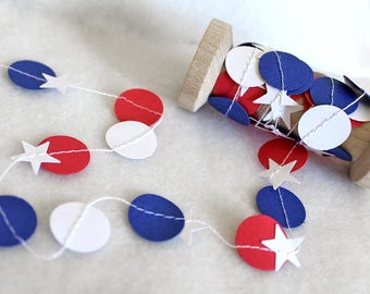 Fourth of July Paper stars garland, 4th, Patriotic, Save the date, Gift wrap ribbon, Balloon tail, Red Whie Blue stars, party decorations
