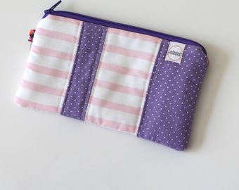 zipper pouch, pocket wallet, Change purse, earbud pouch, gift card holder, id holder, coin pouch, credit card wallet, purple hand bag