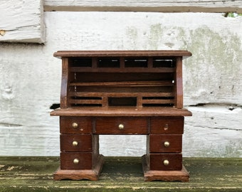 Miniature Desk 12:1 Ratio Vintage