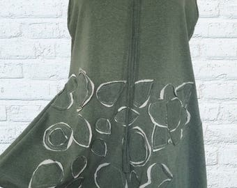 Floral Embellished Top Shirt Sz. M Earthy Light Sage Green Gray Medium Womens Clothing Summer Top Tank
