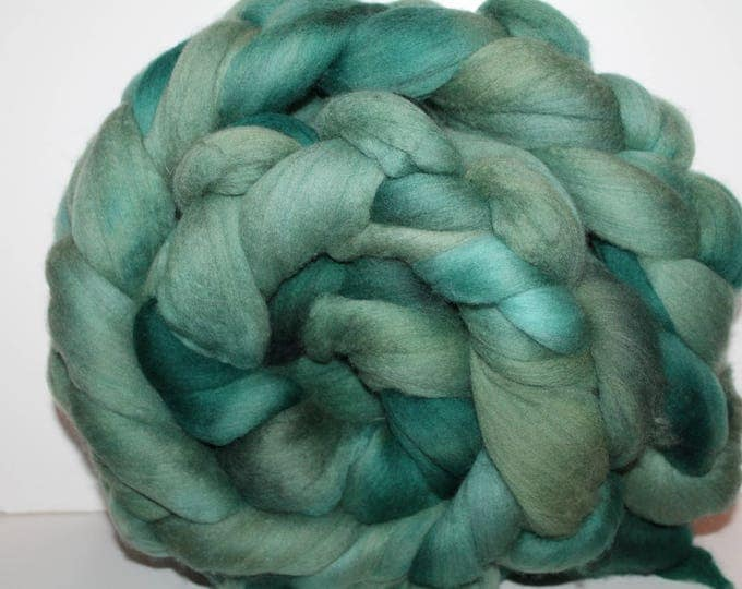 Kettle Dyed Merino Wool Top. Super fine. 19 micron  Soft and easy to spin. Huge 1lb Braid. Spin. Felt. Roving M312