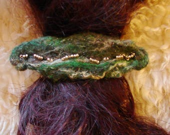 Felted hairclip. Green and white. One of its kind. Pure wool. Pagan, Boho, Hippie.