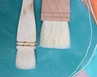 Pair of HAKE PAINT BRUSHES 1 inch + 1 and half inches Goat Sheep bristles for encaustic painting watercolor washes etching lettering