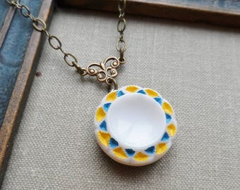 Sunshine, Vintage Glass Button Necklace