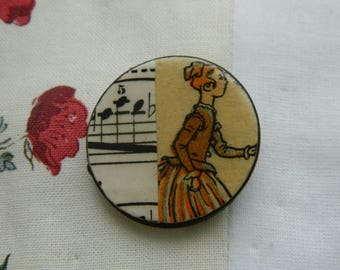 Brooch - Antique paper and wooden chips brooch - Handmade jewelry - handmade brooch -  1930 graphic - Girl and music