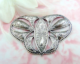 ANTIQUE SILVER * Embossed Scroll Plaque Stamping ~ Jewelry Findings (FC-18)