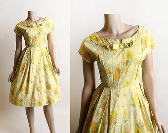 Vintage 1950s Dress - Lemon Yellow Floral Print Cotton Day Dress - Golden Sunshine - 50s 60s Dress - Bow Neck - Small