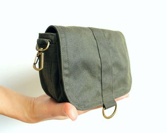 Waxed canvas hip bag, waxed canvas pouch, green shoulder bag, waxed bag, small crossbody bag - The Olive Saddle Purse