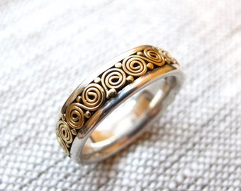Vintage 22k gold and sterling silver ring  wedding band Unisex size 8 Bali Boho Ethnic style