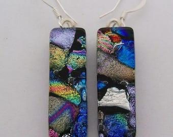 Dichropic glass dangle earrings
