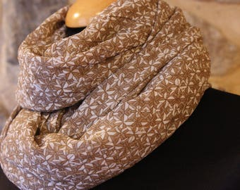 Shawl, scarf or square in veil of Viscose Beige/white patterned windmill
