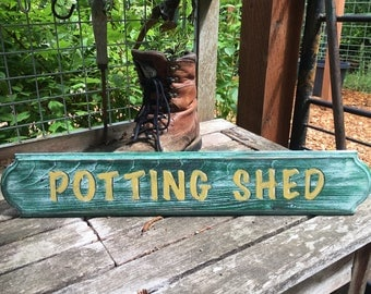 Vintage-Style Wood Potting Shed Sign