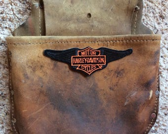 VINTAGE TOOLBELT FANNYPACK, leather pouch, Harley Davidson patch, hipster bag, waist pack