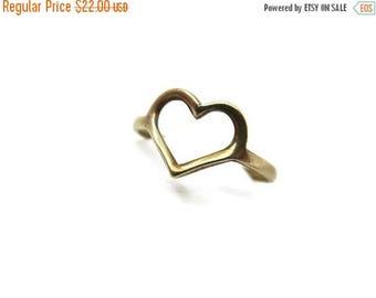 OnSale Heart Ring - Vintage, Open Heart Silhouette, Simple Minimalist Jewelry