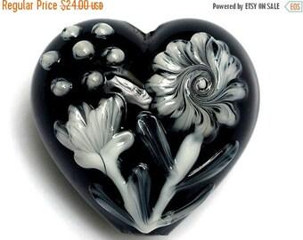 ON SALE 30% off 11817025 Midnight Garden Heart (Large) - Handmade Glass Lampwork Bead