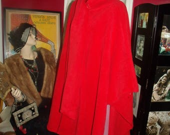 Vintage 90-91s Red Fleece Boho Poncho  Flapper style Relaxed  does 20-30 style Cape