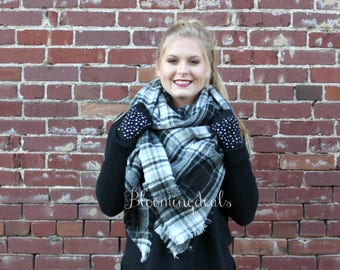 Unisex Blanket Scarf Black-Grey-White Plaid, Winter Scarf, Monogrammed Tartan Scarf, Personalized Christmas Scarves Stocking Stuffer
