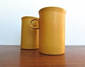 David Gil & Yasuki Aida Designed Bennington Cooperative Pair of 1870 Mugs-Vintage MCM Vermont Earthenware